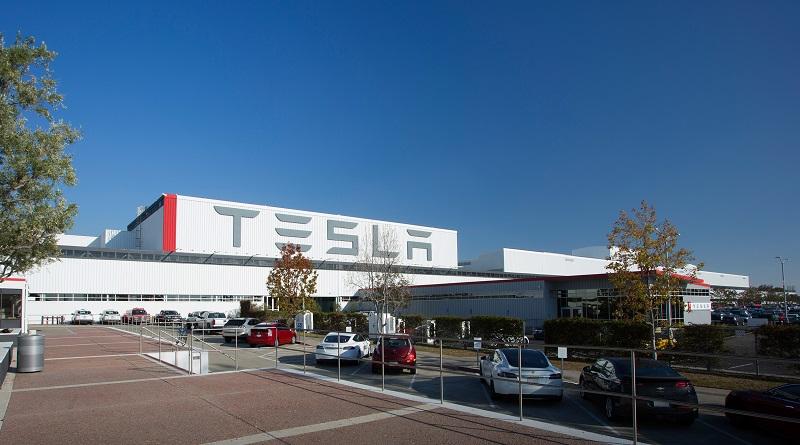 test dei camion autonomi Tesla in Nevada