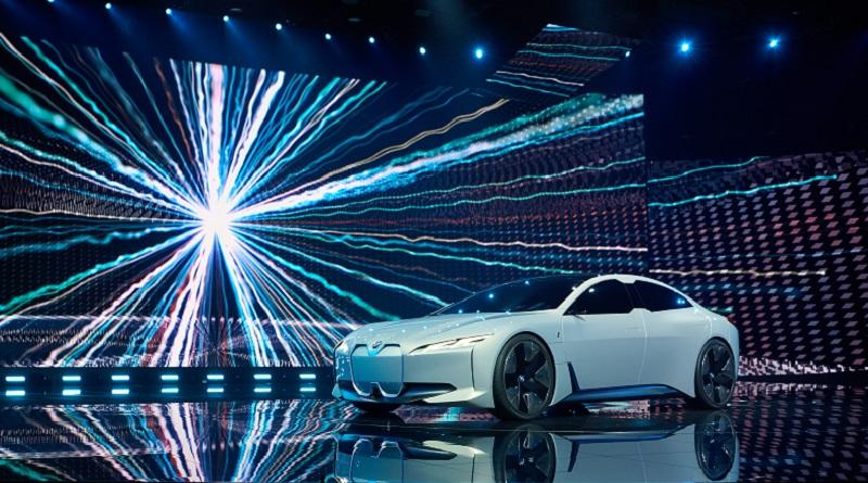 BMW i Vision Dynamics salone Francoforte 2017