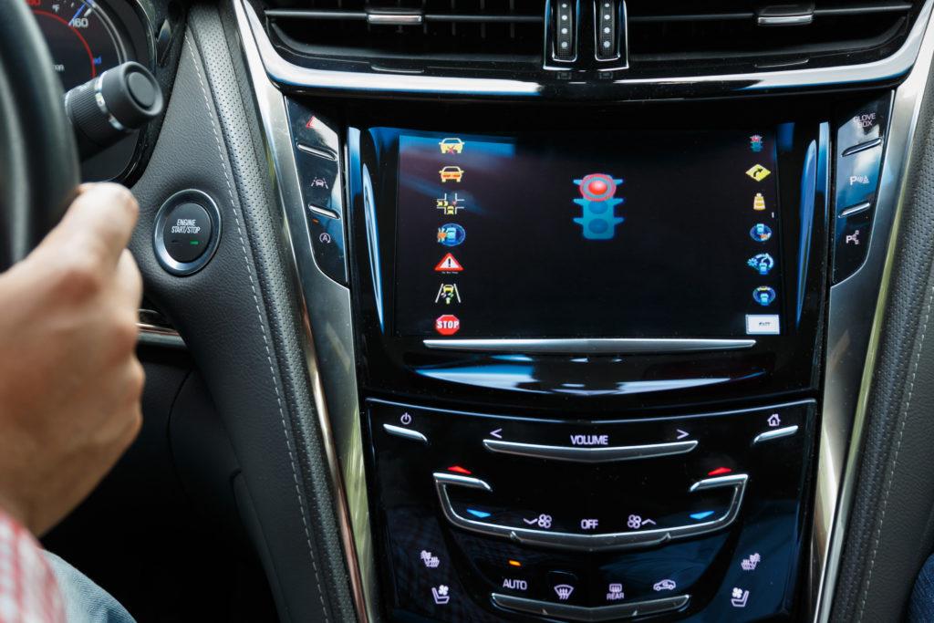 Cadillac CTS sensori V2I infrastruttura