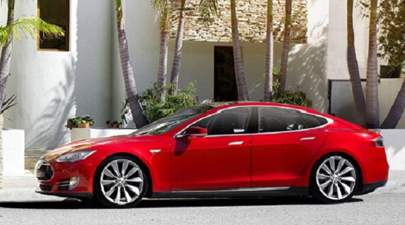 conti in rosso Tesla