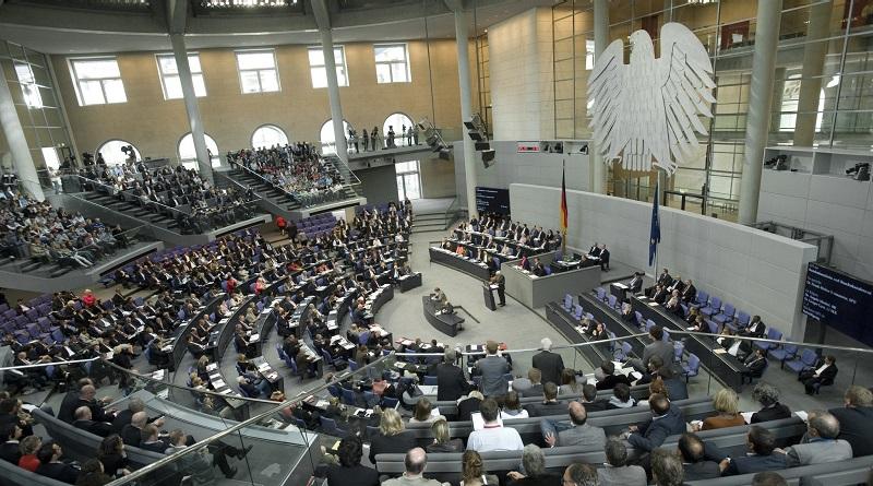 Germania scontro su quote di auto elettriche
