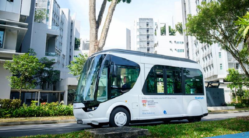 Inizio test navetta elettrica BlueTram Bolloré NTU Singapore