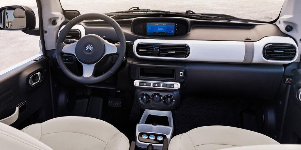 La nuova Citroën E-Mehari punta ad essere un'auto per tutte le stagioni 2