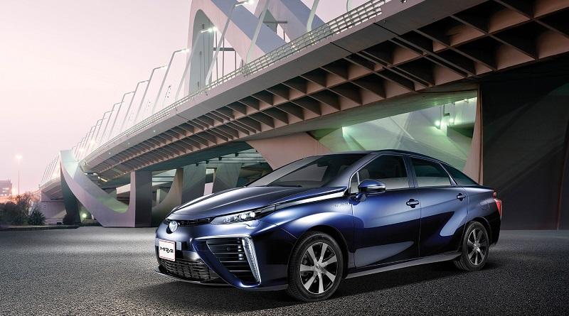 Obiettivo Toyota auto fuel cell prezzi dimezzati nel 2020