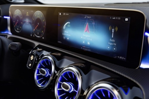 Interfaccia MBUX sulla Mercedes-Benz Classe A