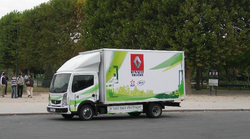 Il Maxity avrà presto una famiglia: una intera gamma elettrica Renault Trucks
