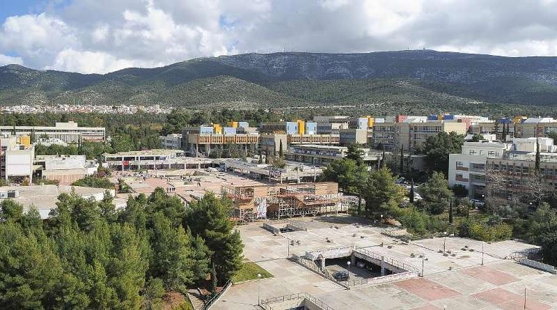 Tesla apre un centro ricerca e sviluppo al Politecnico di Atene