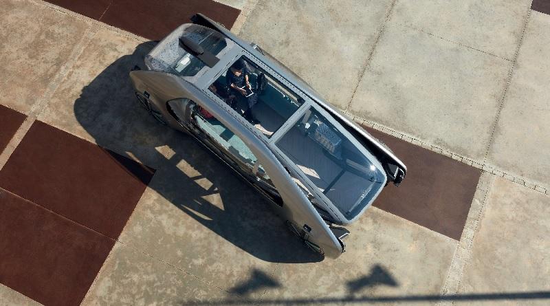 Renault si affaccia da leader nel settore dei robo-taxi con EZ-GO