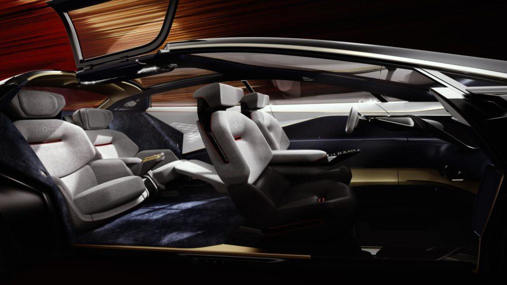 Aston Martin fa molto rumore con la silenziosa Lagonda Vision Concept 1