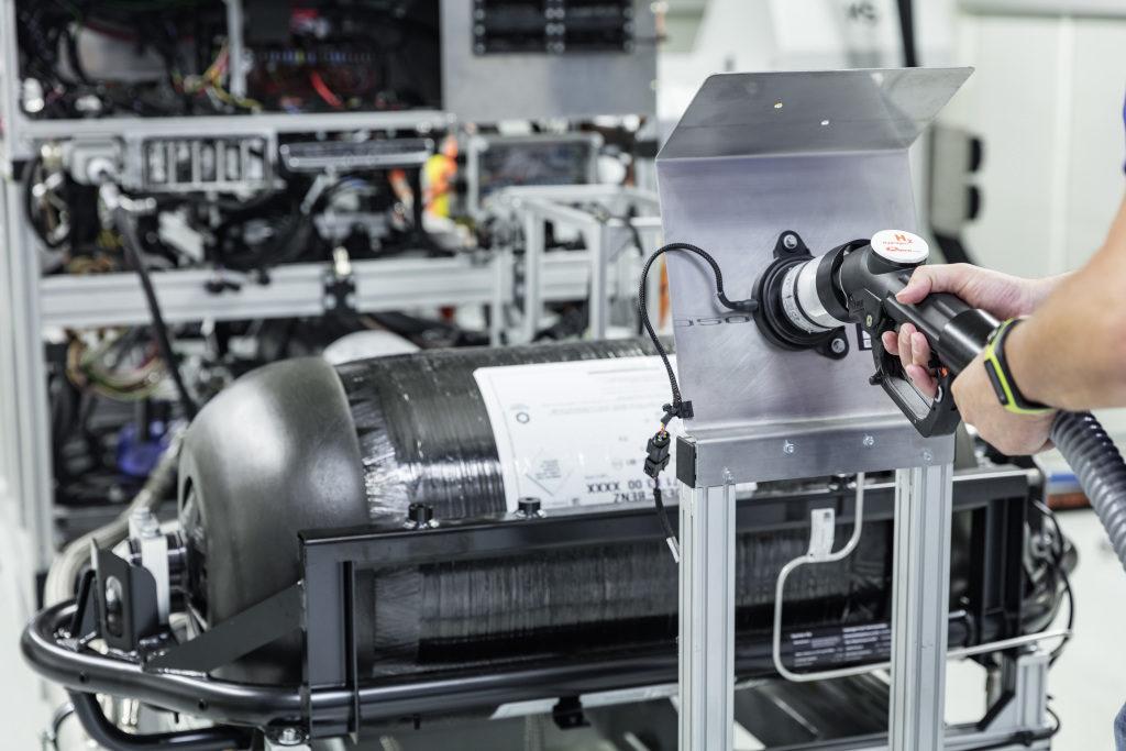 Il SUV Mercedes-Benz che integra idrogeno e batteria vicino alla produzione 1