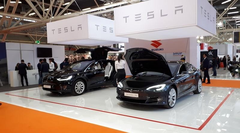 Elon Musk vuol togliere Tesla dalla borsa e mettere K.O. Wall Street