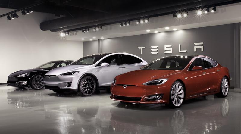 Le ferie di Elon Musk su Twitter sono finite e Tesla resta in borsa