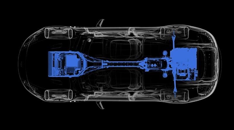 La prima Aston Martin elettrica (e gallese) mostra i suoi muscoli