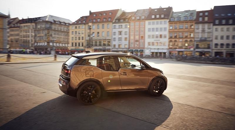 Nuove batterie per le i3 elettriche, e BMW promette di non ritoccare i prezzi 1