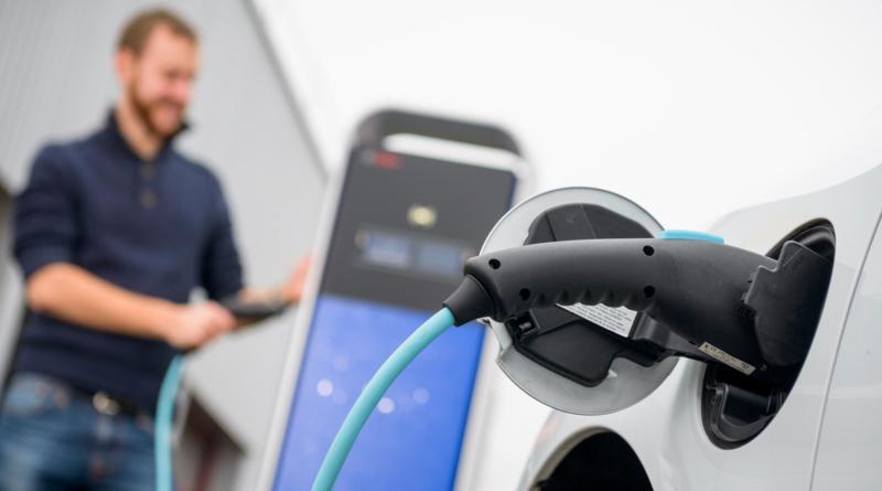 Bosch entra nel business del car sharing coi furgoni elettrici di StreetScooter