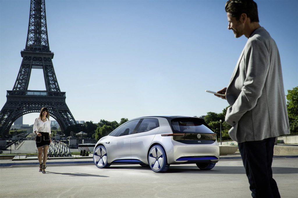 Da Parigi a Parigi: le edizioni del Salone che plasmano il futuro dell'auto elettrica