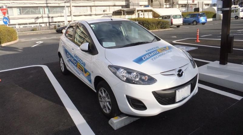 Mazda annuncia una elettrica ed una ibrida con range extender rotativo