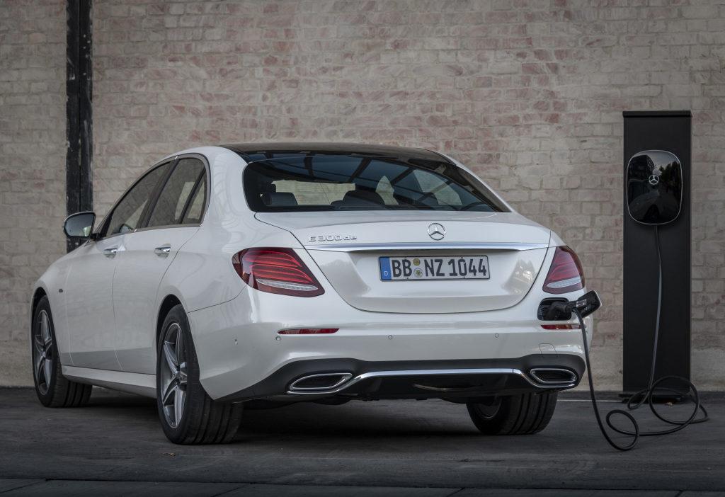Per continuare a viaggiare in città si rinnova la gamma Mercedes-Benz ibrida plug-in