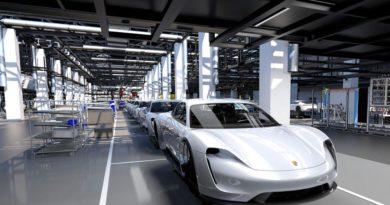 Porsche avvia la pre-produzione Taycan nel rinnovato impianto di Zuffenhausen 1