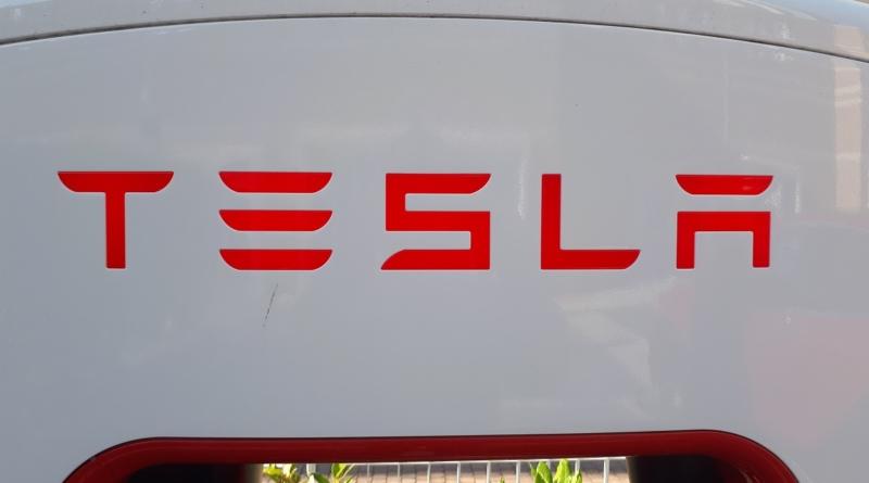 Senza rosso nei conti del terzo trimestre 2018 Tesla si attrezza per il futuro