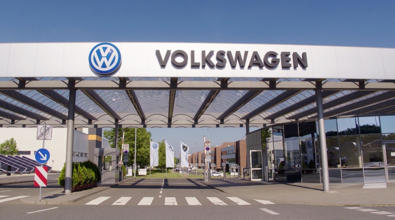Il consiglio di sorveglianza Volkswagen apre le porte agli investimenti nell'auto elettrica...