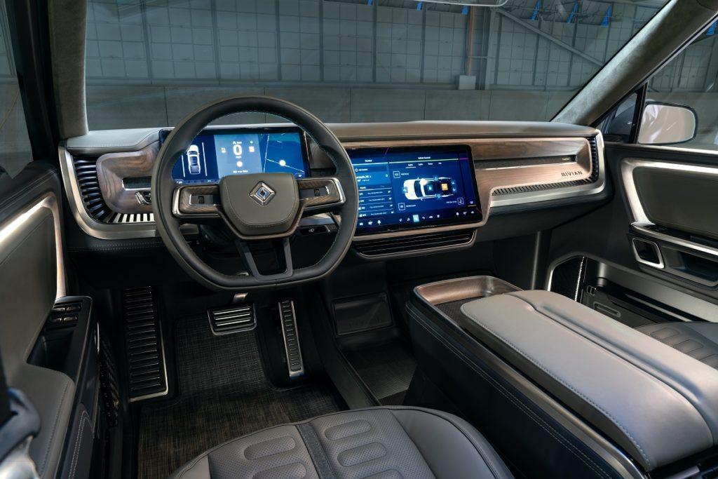Amazon vuole sistemarsi il più comodamente possibile su un bel SUV elettrico: grazie Rivian... 1