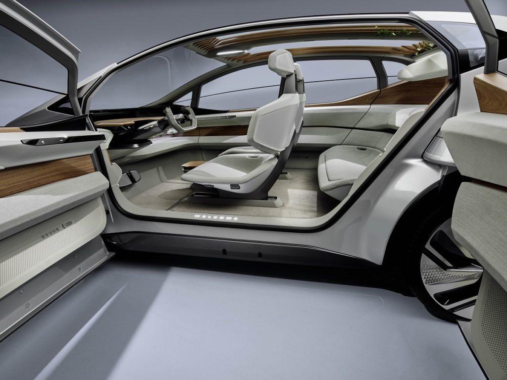 Audi AI:ME, ovvero la mobilità per le metropoli a misura di conducente 2