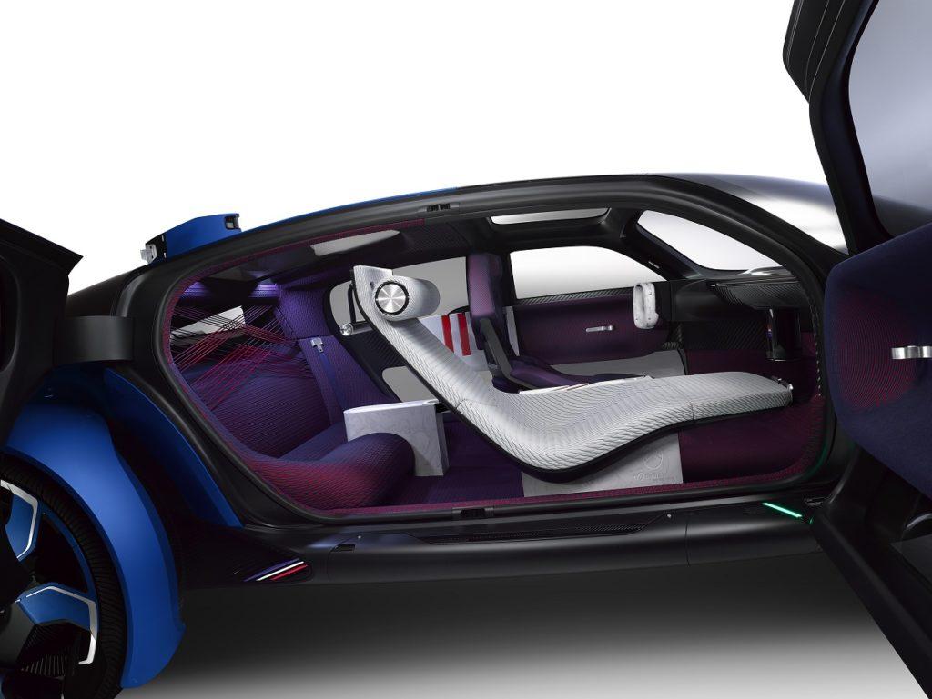 Citroën, l'anticonformista centenaria, fa ancora un centro con un concept: elettrico e degno di tal nome