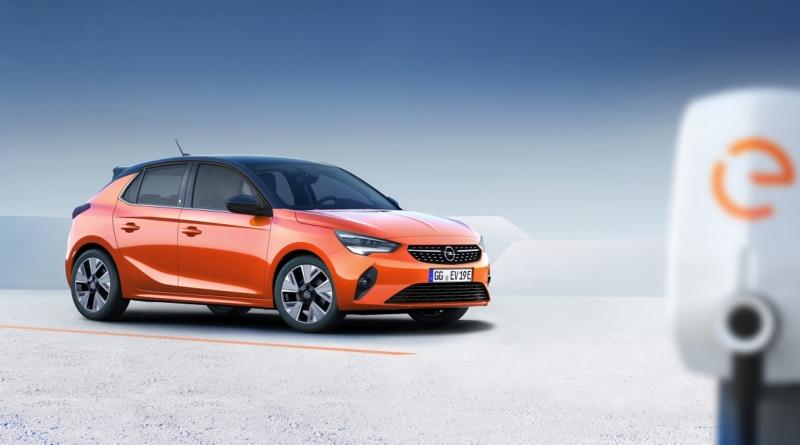 Le prime immagini della sesta generazione, sono per la versione elettrica di Opel Corsa