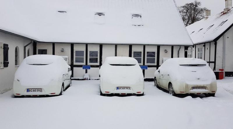 """Migliaia di auto elettriche non """"congeleranno"""" le reti attuali, neanche col 100% di veicoli elettrici"""