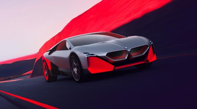 Sull'elettrico il gruppo BMW accelera senza sbandare, e dal 2020 senza far rumore