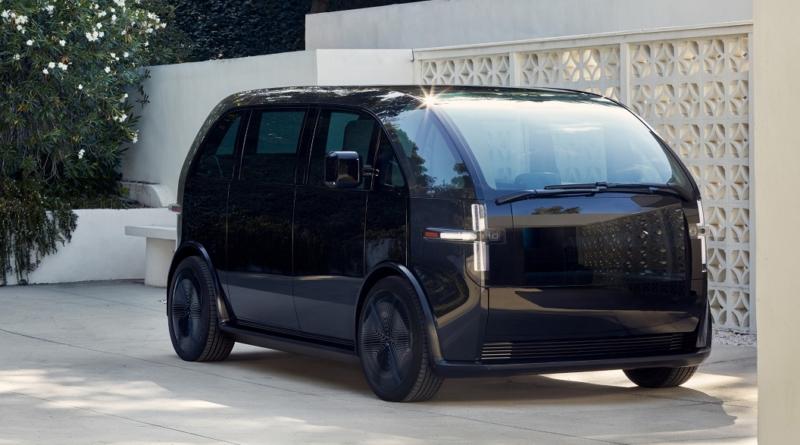 Il veicolo elettrico a sette posti che non ha prezzo, ma si può noleggiare un solo mese
