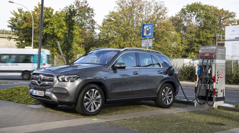 Mercedes GLE 350 de 4Matic: il SUV ibrido plug-in con dentro due Smart elettriche