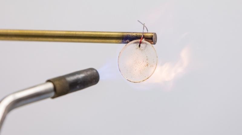 La batteria agli ioni di litio incombustibile scotta nel laboratorio APL della Johns Hopkins