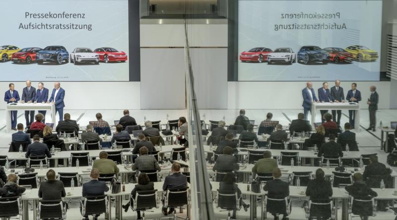 Il gruppo Volkswagen aumenta gli investimenti del 10% in auto elettrica e innovazione