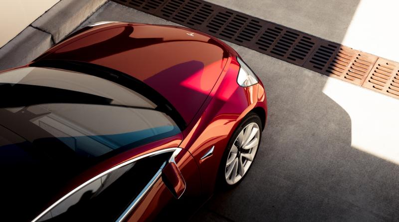 Tesla apre il 2020 con un taglio ai prezzi della Model 3, solo in Cina, però