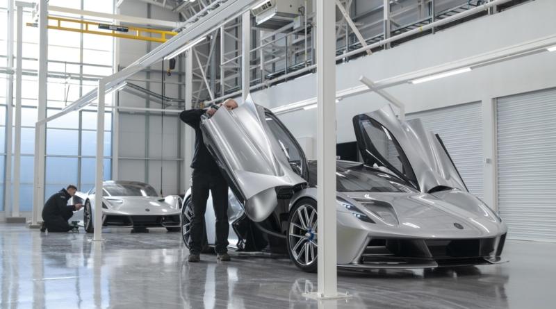 Con la nuova fabbrica, si avvicina la produzione delle 130 Lotus Evija