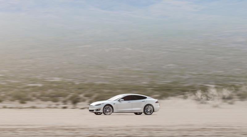 400 miglia di autonomia sono già una realtà per Tesla Model S
