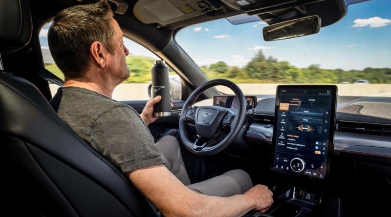 Dal 2021 disponibili nella gamma Ford sistemi per la guida senza mani