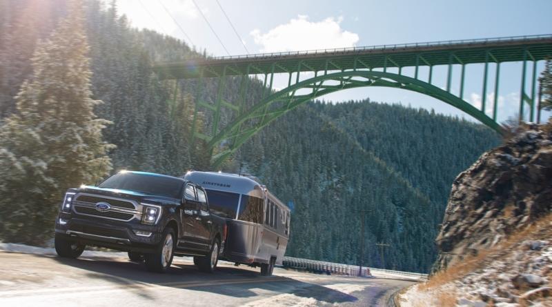 L'ibrido mette casa sull'F-150, in attesa del pickup Ford 100% elettrico 1