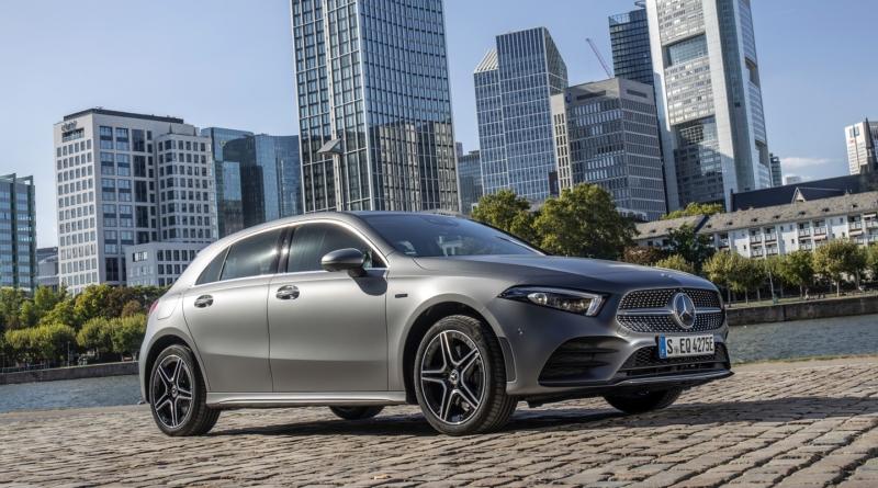 Mercedes A250e già esaurita:  non la batteria, in concessionaria