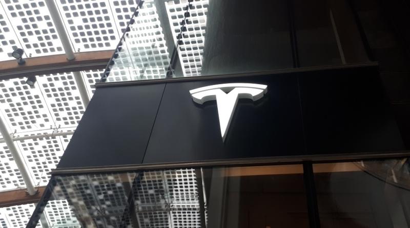 Torneremo ai tempi della giovane Tesla che attirava Daimler e Toyota?