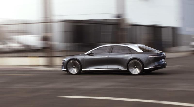 Fatti più in là, Tesla: Lucid arriva a 832 chilometri di autonomia 1