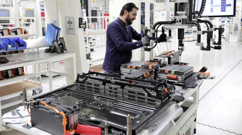 Verkor punta a una gigafactory con tecnologie Northvolt e Schneider Electric