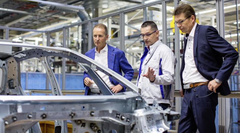 All'Assemblea Generale Volkswagen mette a nudo la strategia elettrica