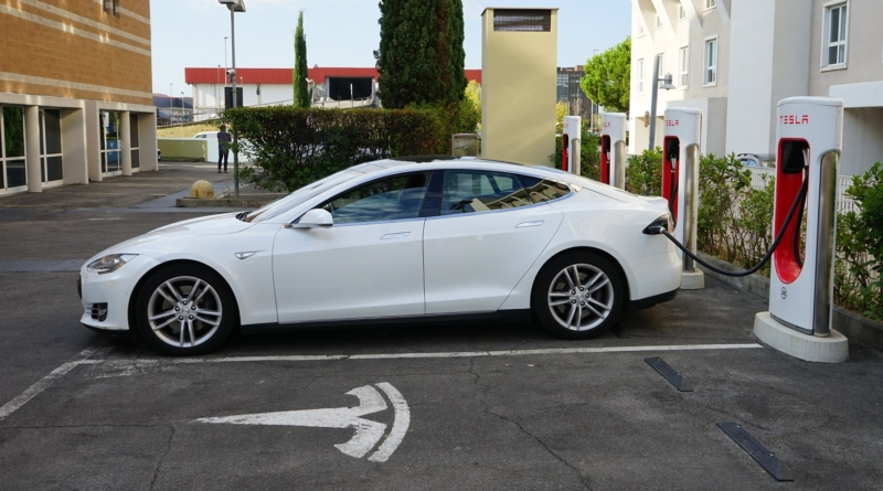 Le consegne Tesla del terzo trimestre 2020 a nuovi livelli record