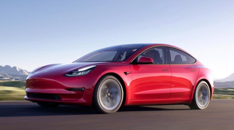 La Tesla alla portata di tutti non si compra più