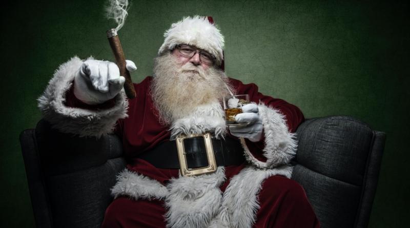 Per Elon Musk Babbo Natale arriva il 21 dicembre
