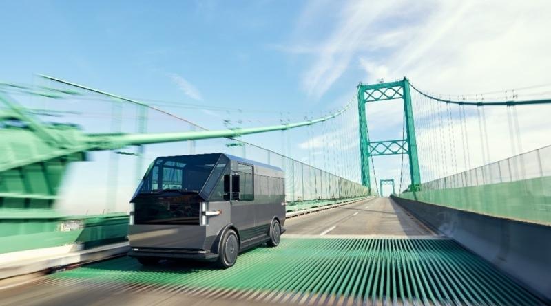 Canoo presentato il suo furgone elettrico flessibile