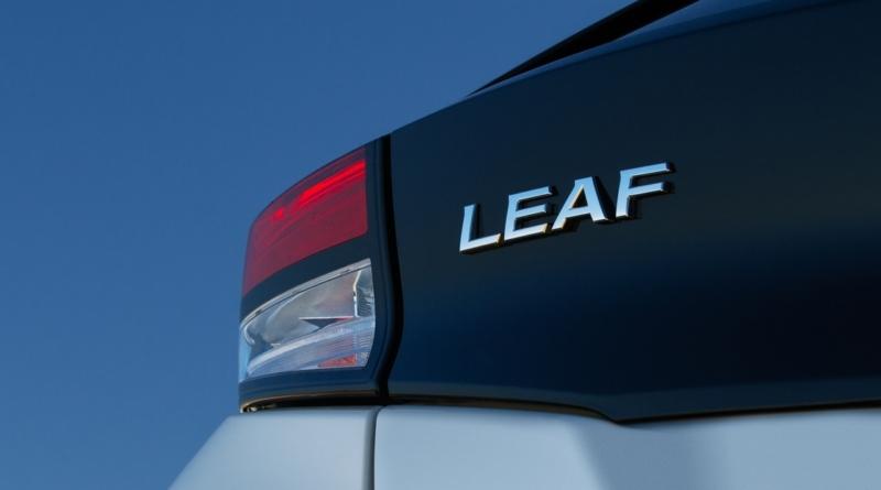 Per Nissan Leaf è ora di spegnere dieci candeline